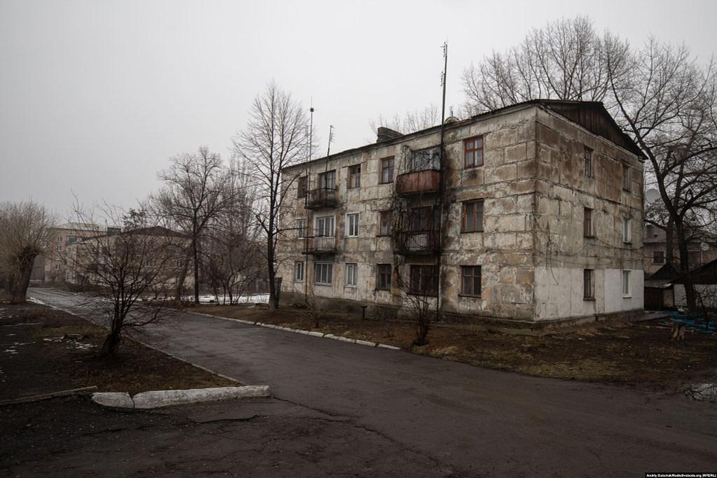 Одна з вулиць селища Новотошківського (фото: Андрій Дубчак)
