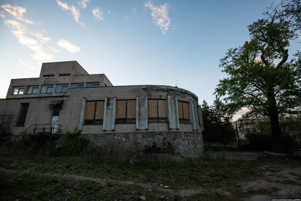 Закинута будівя на території Павлівської лікарні / Фото - Андрій Дубчак