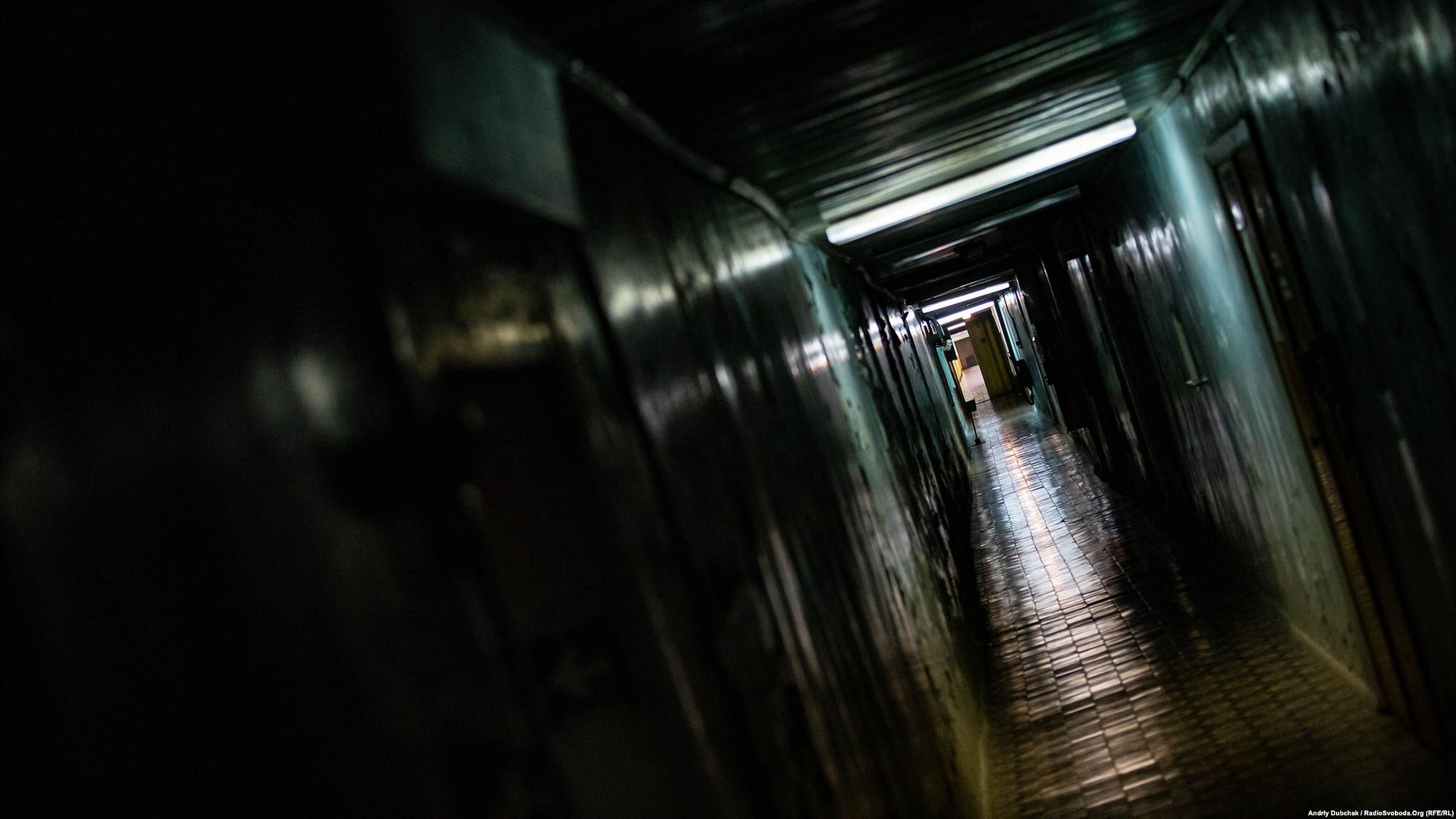 «Золотий коридор» проходить крізь об'єкт «Укриття». Нам – усередину (Photographer: Andriy Dubchak)