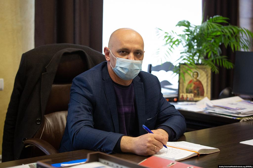 Владислав Головащенко, головний лікар Калинівської ЦРЛ. Фото - Андрій Дубчак